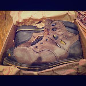 Keen steel toe boots size 15 men